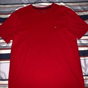 Tommy Hilfiger Red Large T-shirt